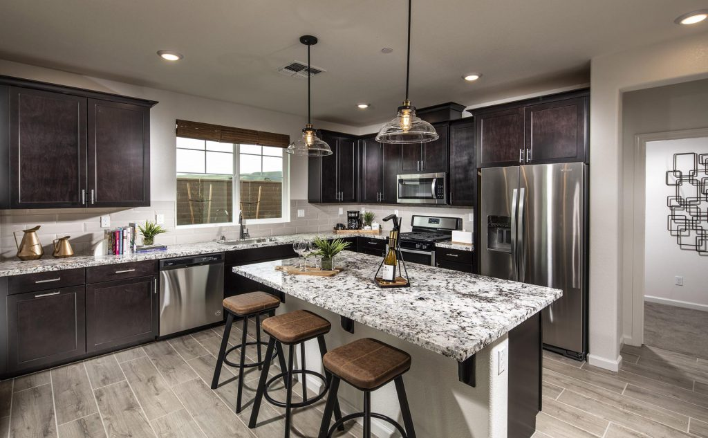 Vantage Residence 3 Kitchen
